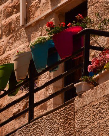 Un balcone del quartiere ebraico di Gerusalemme