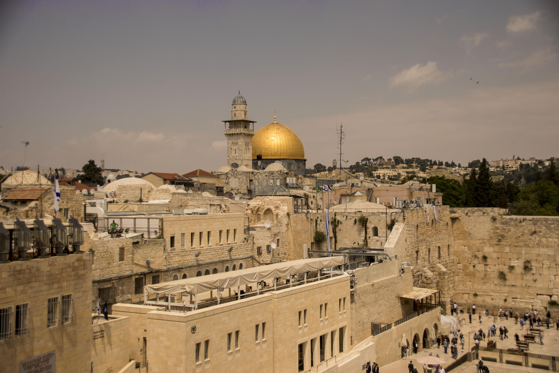 Vista del muro del pianto dai tetti del quartiere ebraico