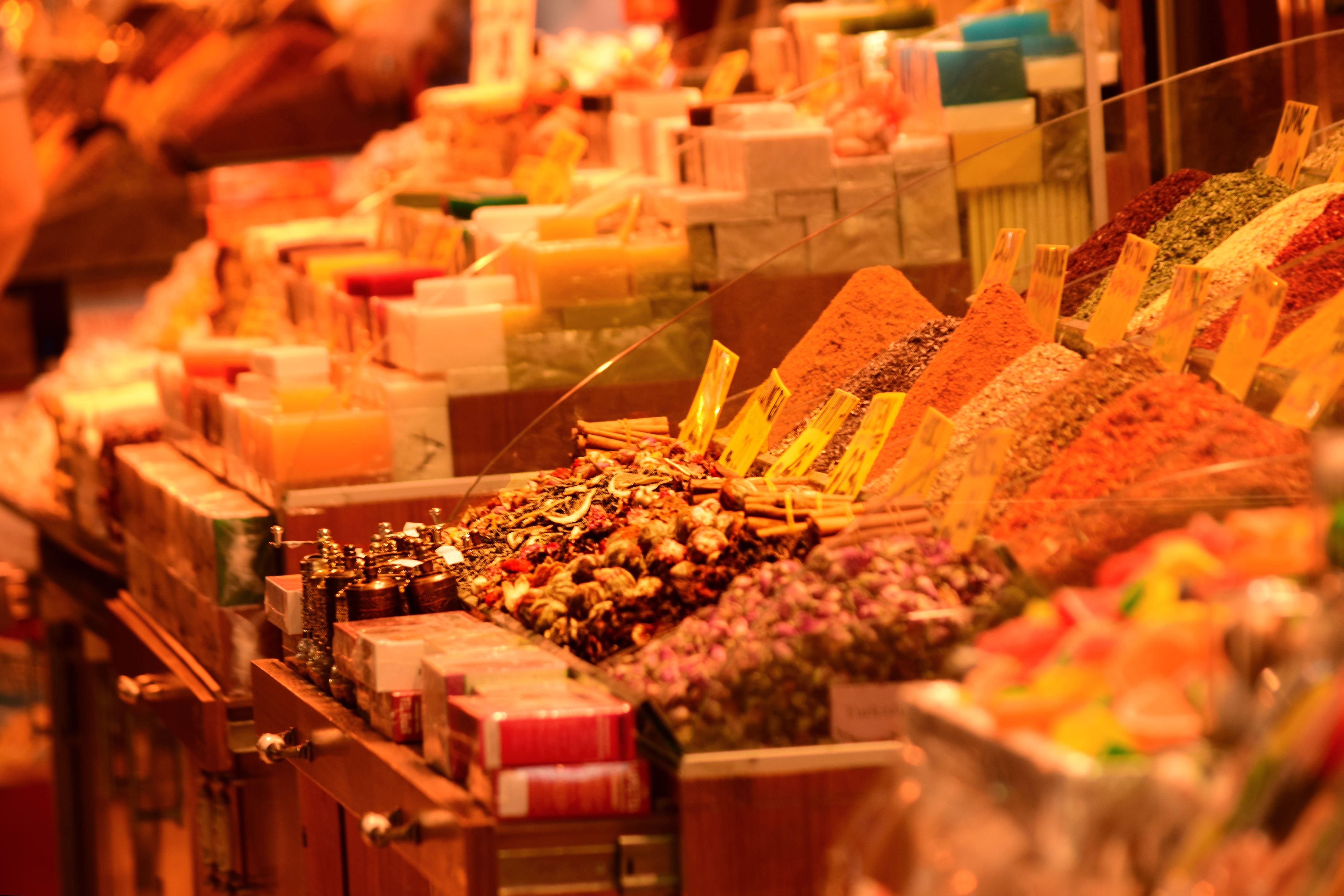 Dettaglio delle spezie al gran bazar di Istanbul