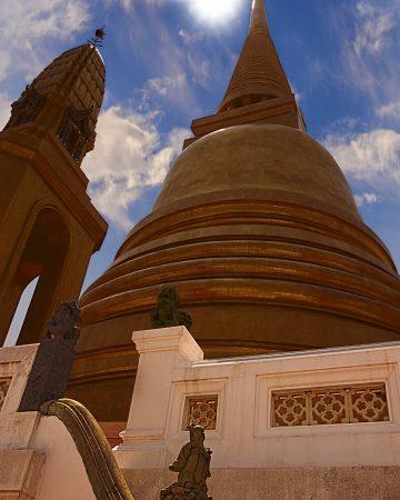 Cosa vedere a Bangkok: il chedi dorato di Wat Bowonniwet